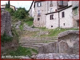Ferentino teatro romano2