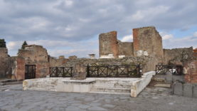 Pompei Tempio Fortuna Augusta (16)