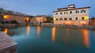 BAGNO VIGNONI (Toscana)