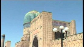 UZBEKISTAN: Moschea Bibi Khanym
