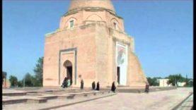 UZBEKISTAN: Samarcanda (Mausoleo Rukhobod