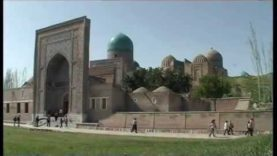 UZBEKISTAN: Samarcanda (Sha-i-Zinda)