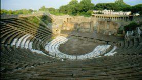 W37 Teatro Grande